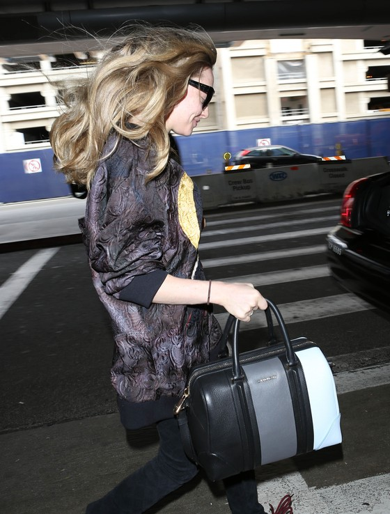 Amanda Seyfried w bluzie