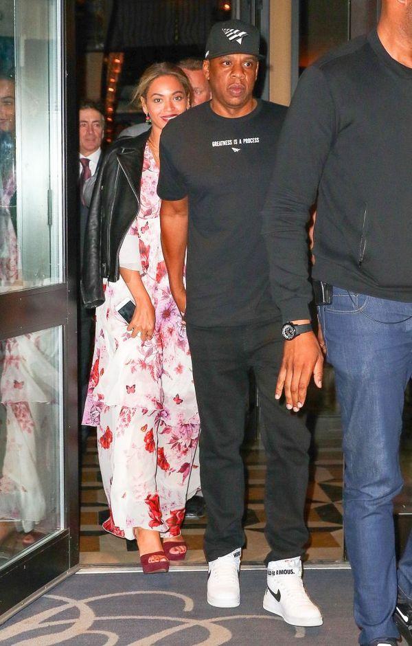 Beyonce jak milion dolarów w sukni Giambattista Valli (FOTO)