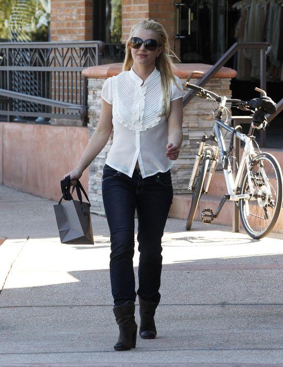 Dwie stylizacje Britney Spears (FOTO)