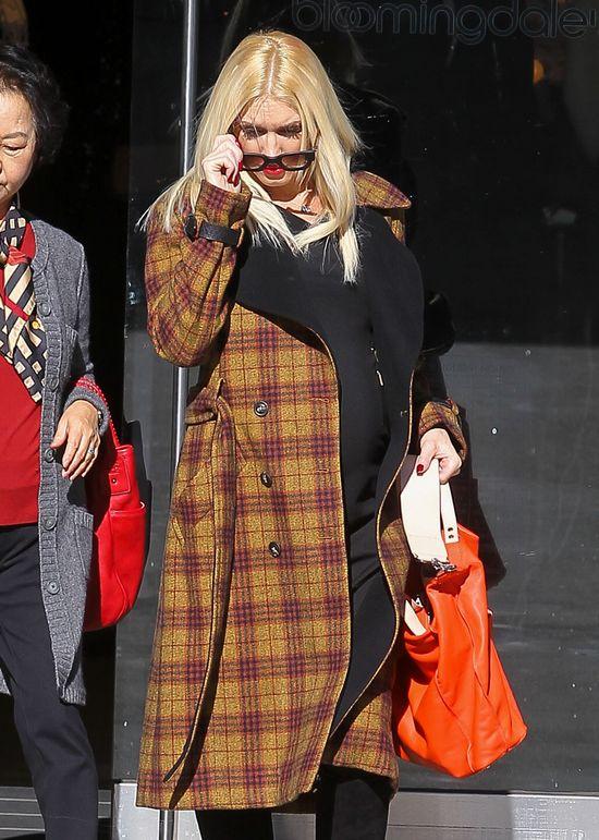 Gwen Stefani - mama pełna szyku (FOTO)