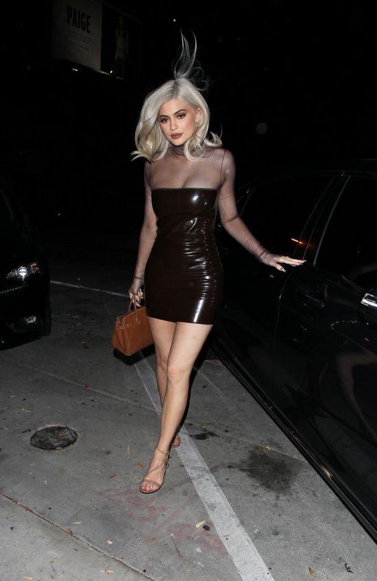 Fani o Kylie Jenner: Wyglądasz jak Mapeta! (FOTO)
