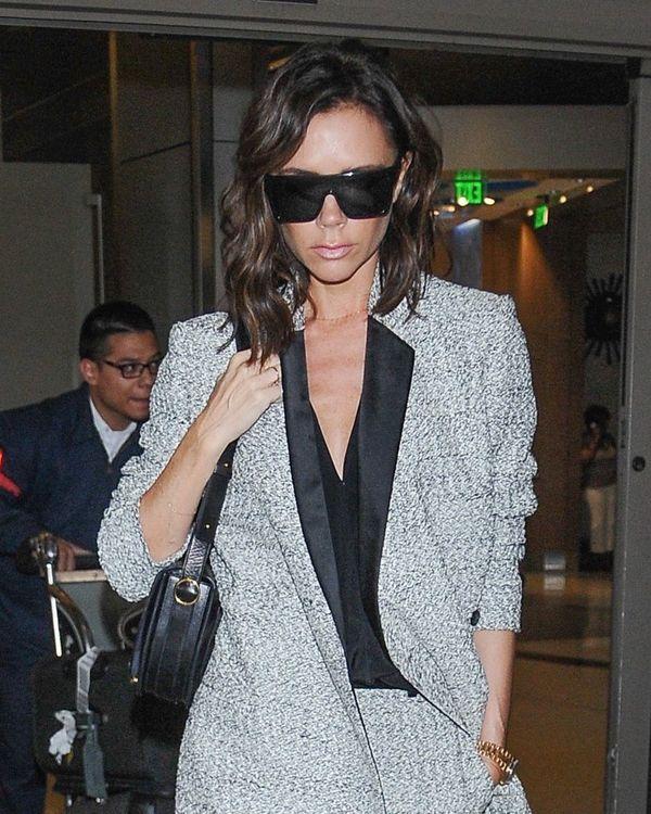Victoria Beckham pokazuje, jak nosić odcienie szarości