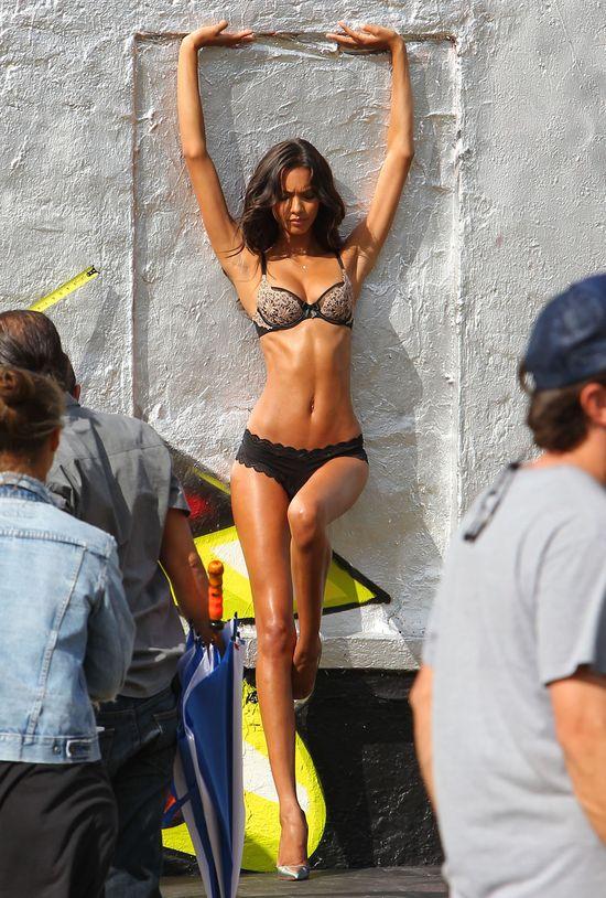 Aniołki Victoria`s Secret nie potrzebują retuszu (FOTO)