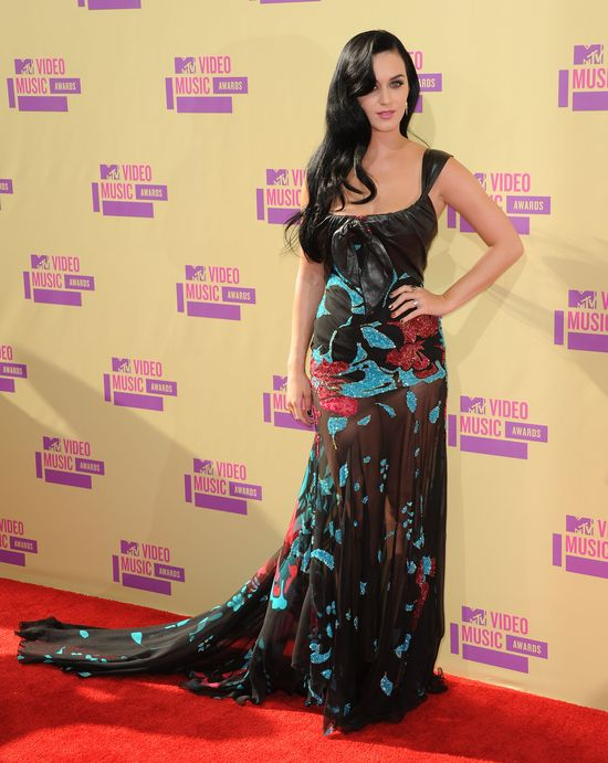 Katy Perry w Elie Saab Couture (FOTO)