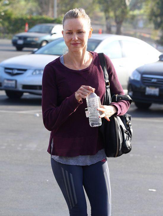 Naomi Watts po treningu bez grama makijażu (FOTO)