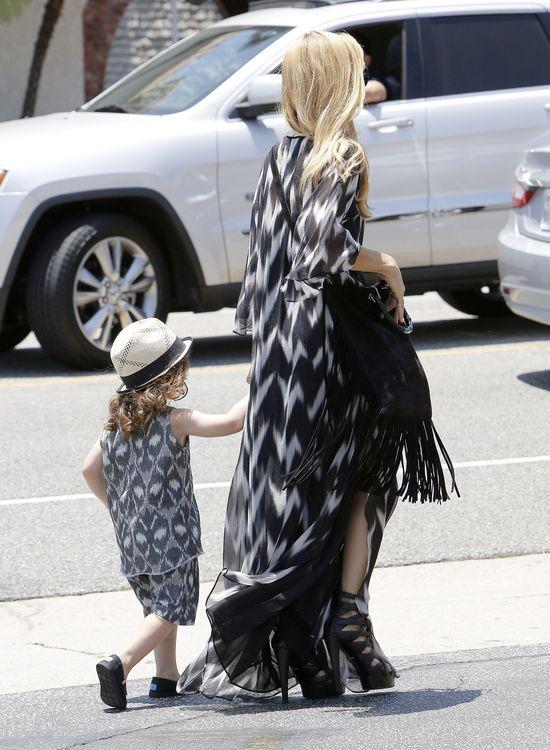 Rachel Zoe i jej synek w podobnych ubraniach (FOTO)