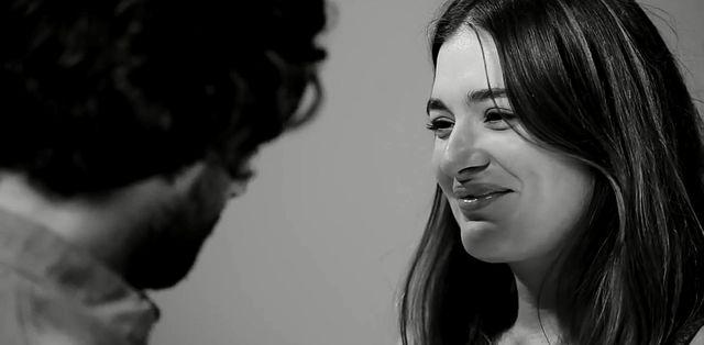First Kiss, czyli jak to jest pocałować nieznajomego (VIDEO)