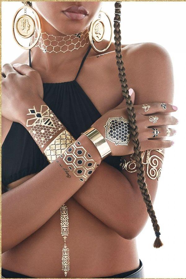 Co powiecie na złote tatuaże od Beyonce? (FOTO)