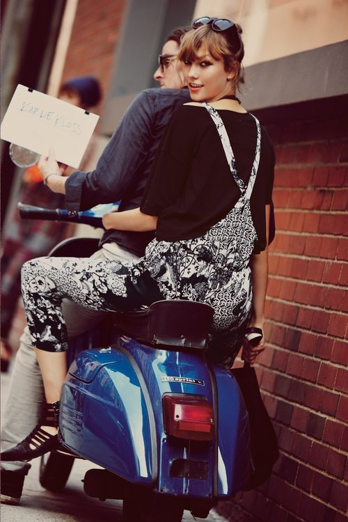 Karlie Kloss i Crystal Renn w kampanii Free People