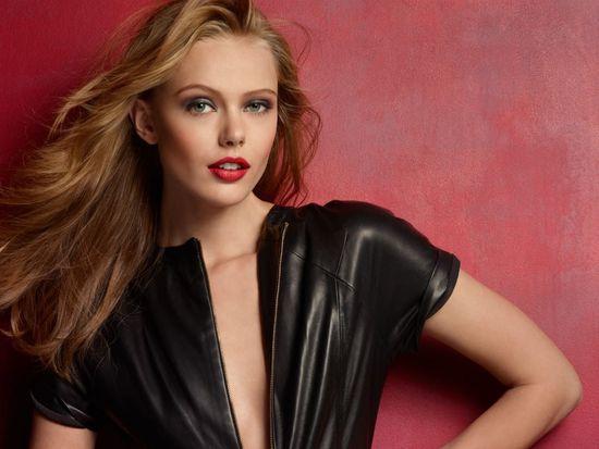 Frida Gustavsson nową twarzą Maybelline New York