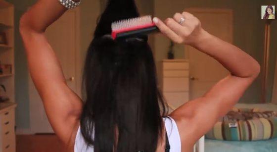 Gładka fryzura w stylu Kim Kardashian (FOTO)