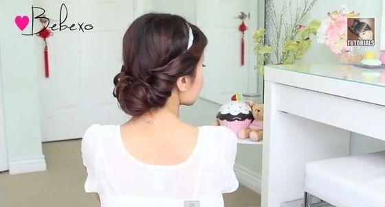 Trzy romantyczne fryzury na lato z opaską w roli głównej