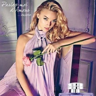 Marcelina Sowa w kampanii perfum Johna Galliano