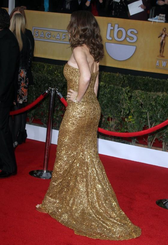 Jennifer Garner w złotej sukni Oscar de la Renta