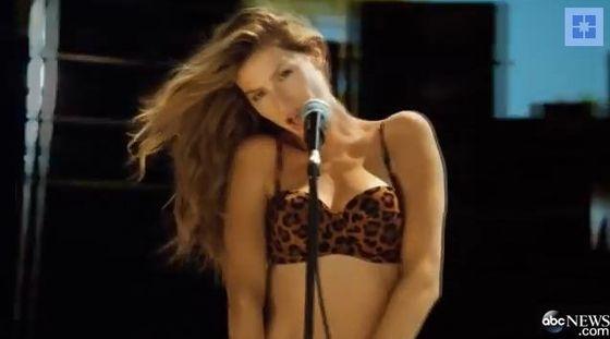 Gisele Bundchen znowu śpiewa dla H&M! (VIDEO)
