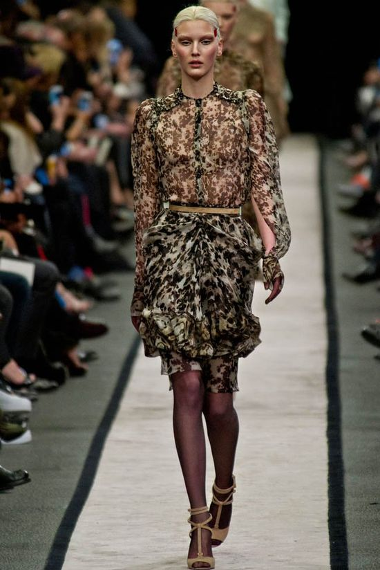 Givenchy - kolekcja Fall/Winter 2014 (FOTO)