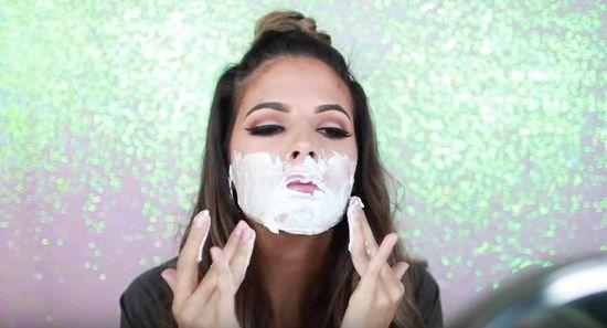 Jak golić sobie twarz? Wszystko co powinnaś wiedzieć (VIDEO)