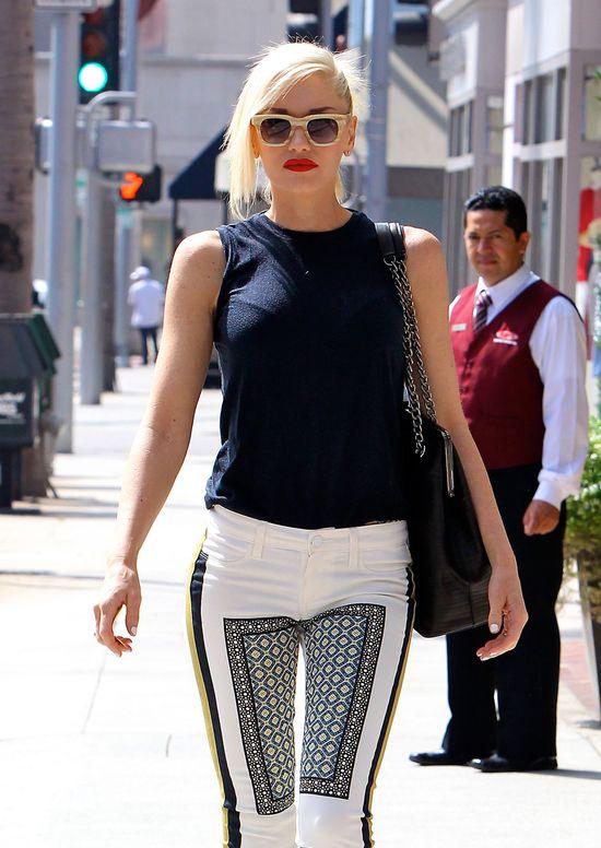 Gwen Stefani w dwóch letnich zestawach