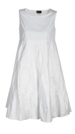 Wiosenne inspiracje - white total look (FOTO)