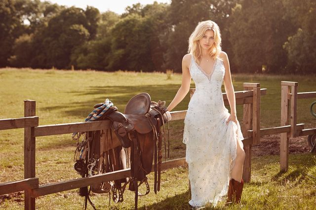 Zakochacie się w przepięknej kampanii z sukniami ślubnymi od Jenny Packham!