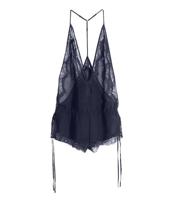 Seksowne, modne koronki - co znajdziemy w sklepach? (FOTO)
