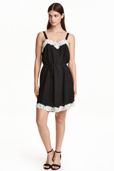 Natalia Klimas w sukience H&M za 74 zł (FOTO)