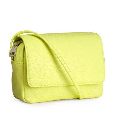 Kolorowe małe torebki - przegląd na wiosnę (FOTO)