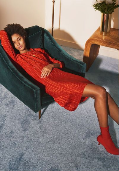 H&M Luksusowy Luz - Kwiaty, mocna czerwień i odrobina luźnych fasonów (FOTO)