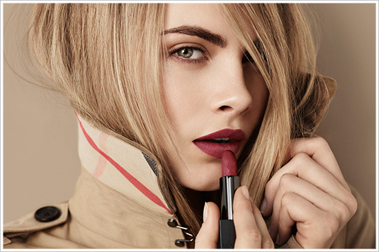 Aksamitne szminki od Burberry Beauty