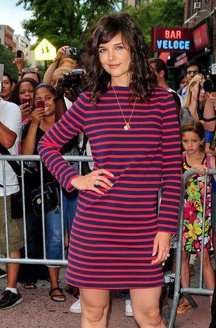 Sweterkowa sukienka Katie Holmes