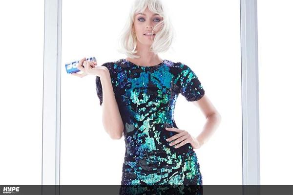 Nowa fryzura Candice Swanepoel (FOTO)