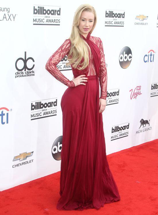 Iggy Azalea vs. Jennifer Lopez (SONDA)