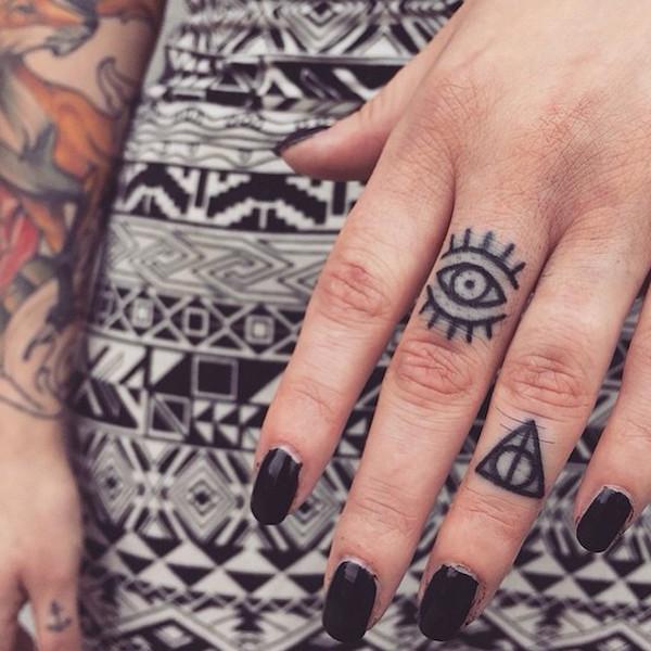 Tatuaż Na Palcu Dużo Inspiracji Foto Zeberka