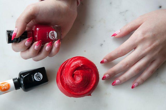 Co powiecie na walentynkowy manicure od Sally Hansen? (FOTO)