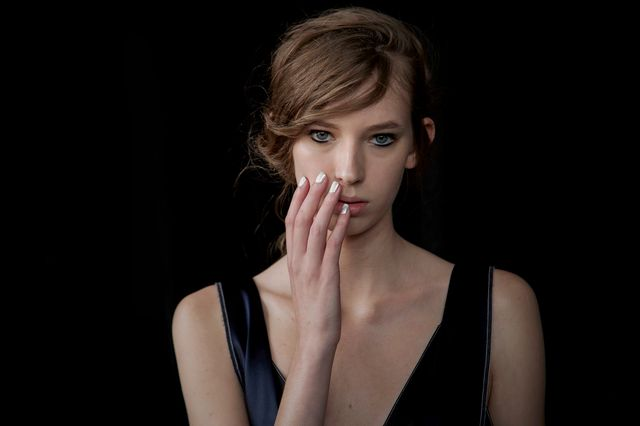 Najmodniejszy manicure prosto z NYFW - jak go wykonać? (FOTO)