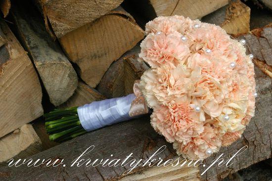 Bukiety ślubne - jaki wybrać? (FOTO)