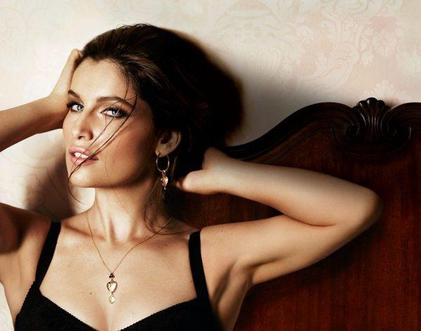 Seksowna Leatitia Casta w kampanii Dolce & Gabbana