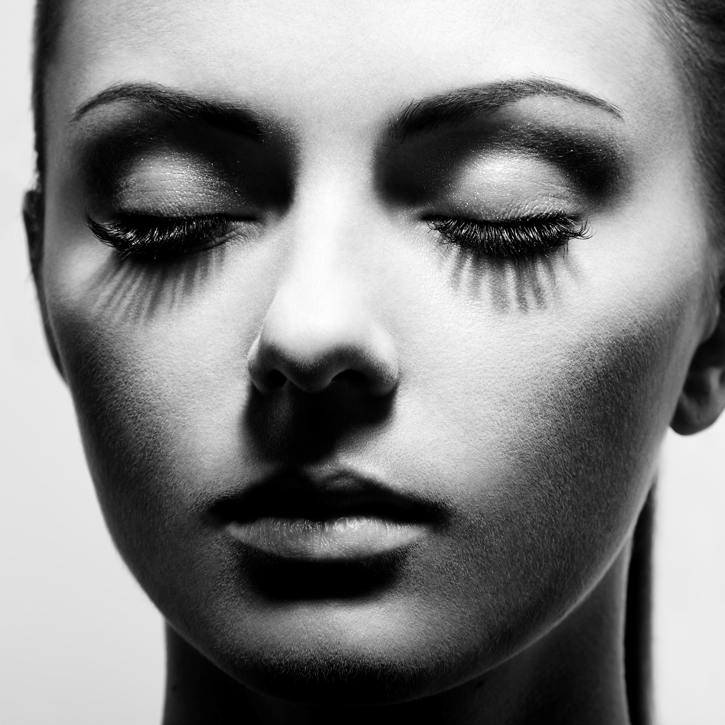 7 błędów z mascarą, które (prawie wszystkie) popełniamy