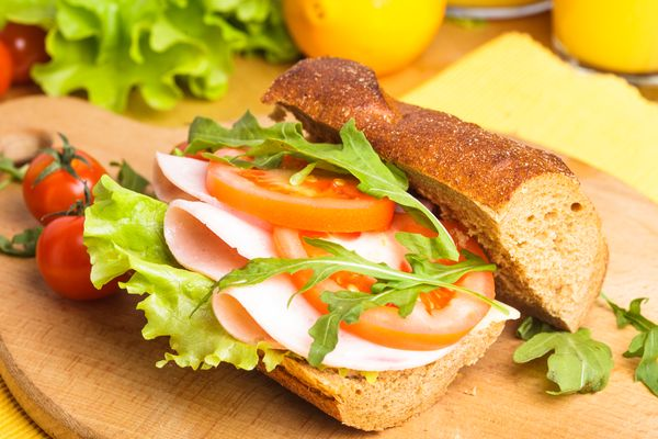 Co jeść w szkole? Propozycje przekąsek na przerwę (FOTO)