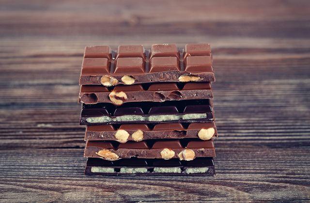 Hurra! Odkryto, że możemy jeść tyle czekolady, ile chcemy!