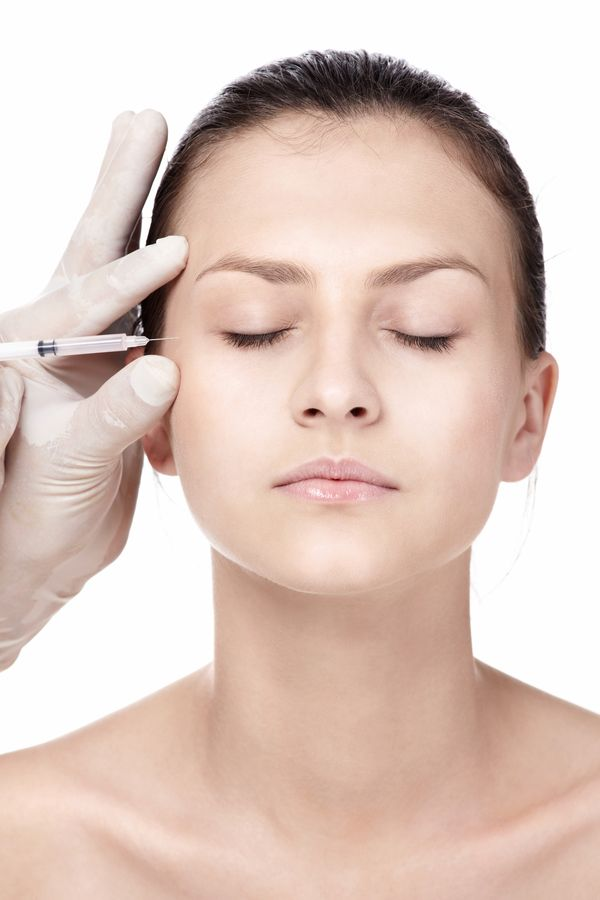Polki chcą korzystać z zabiegów medycyny estetycznej [VIDEO]