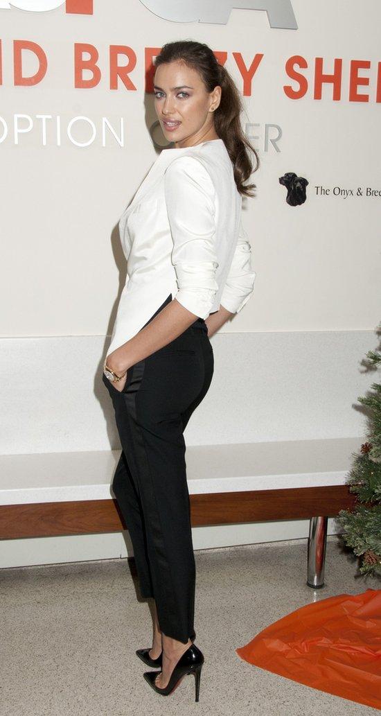 Irina Shayk w eleganckiej stylizacji (FOTO)