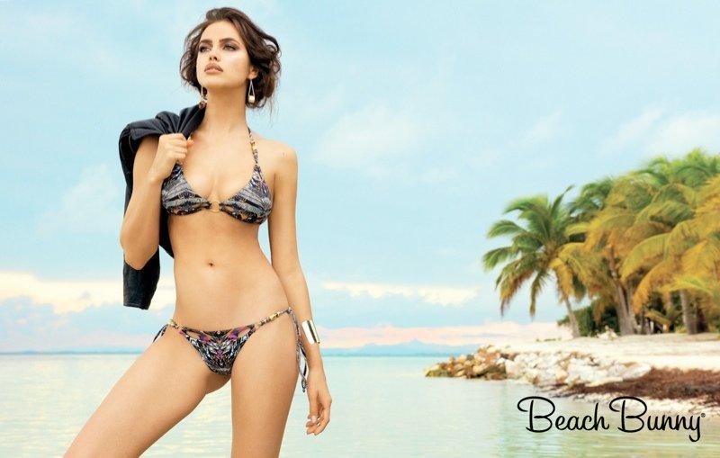 Irina Shayk ponownie w kampanii Beach Bunny (FOTO)