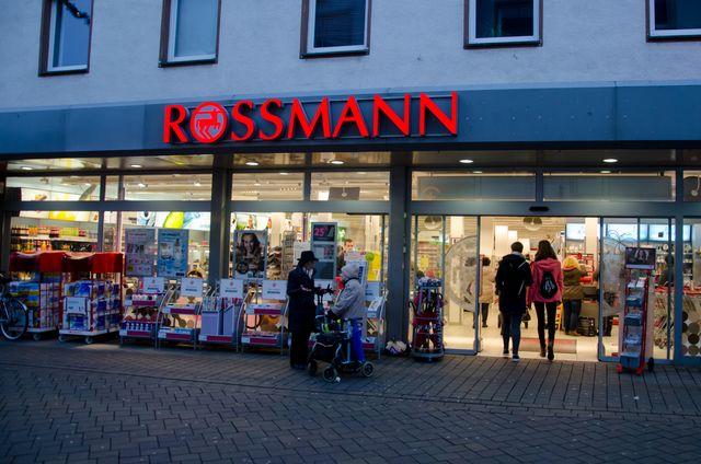 Już niedługo w Rossmannie kolejna akcja -49%! Zdradzamy kiedy! (FOTO)