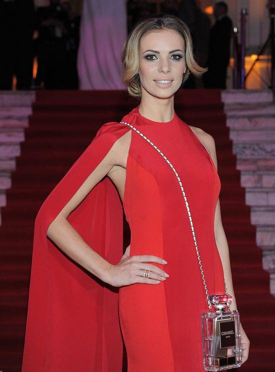 Izabela Janachowska pokochała perfumową torebkę Chanel