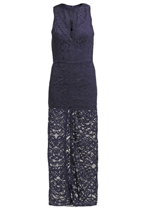 Modne koronkowe sukienki - Przegląd oferty sieciówek