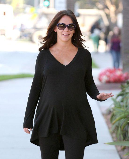 Jennifer Love Hewitt vs. Rachel Zoe w ciążowych stylizacjach
