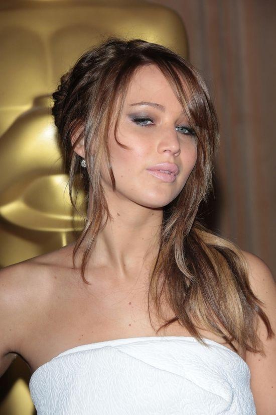 Jennifer Lawrence w białej sukience Chloé (FOTO)