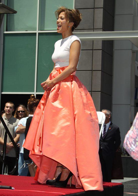 Jennifer Lopez w zjawiskowej kreacji Diora