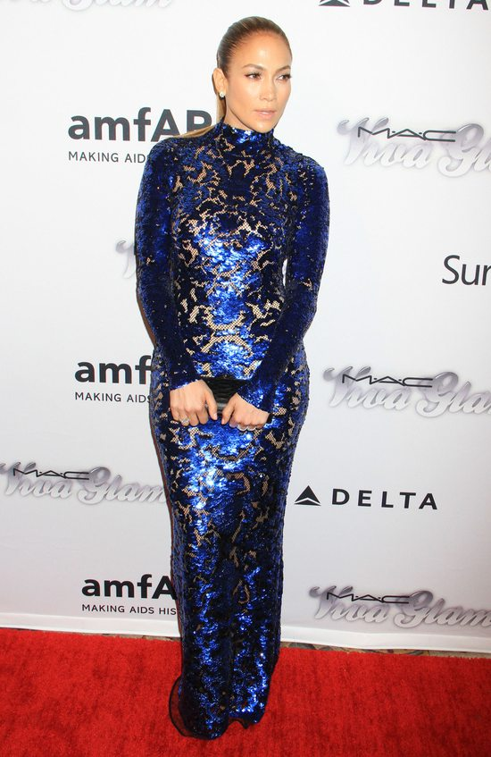 Jennifer Lopez w suki Toma Forda (FOTO)